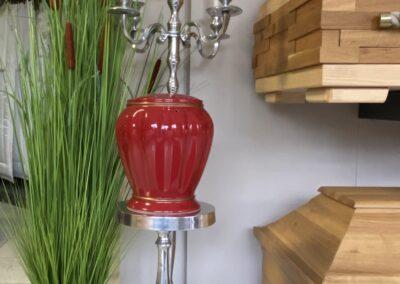 Bild einer roten Urne